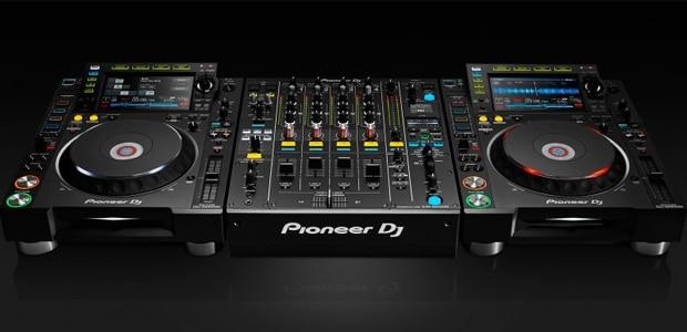 CDJ2000 NXS2